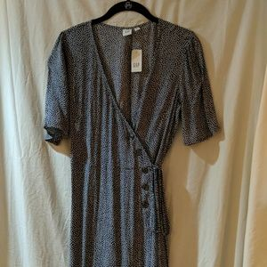 Women's Gap wrap dress with buttons size S NWT